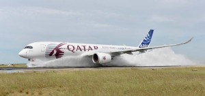 A350_XWB_water_ingestion_test_Istres___1_