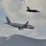 Σχηματισμός F-16 ΖΕΥΣ και Airbus A320 της AEGEAN-1