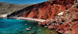 red_beach_santorini_slide01-580x260