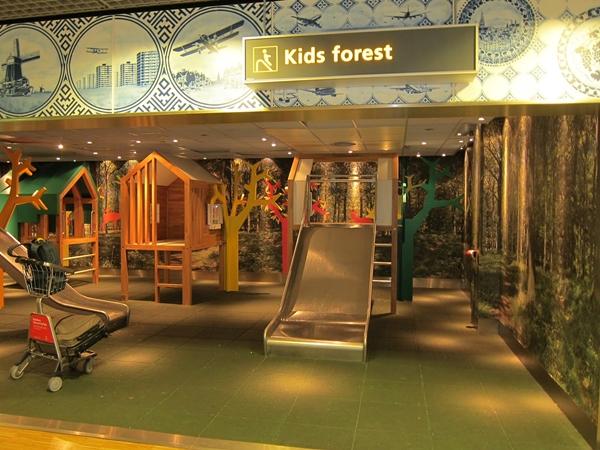 original_Best Airports for Kids-Kids Forest-Amsterdam Schipol