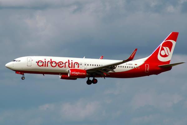 AirBerlin_B737-800_D-ABBF_MUC_2008-08-13