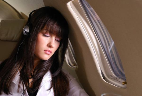 the-easiest-way-em-ever-em-to-fall-asleep-on-a-plane
