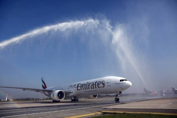 Emirates-flight-EK093-lands-for-the-first-time-in-Bologna