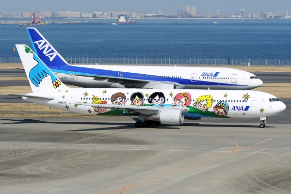 Boeing_767-381,_All_Nippon_Airways_-_ANA_AN2230219