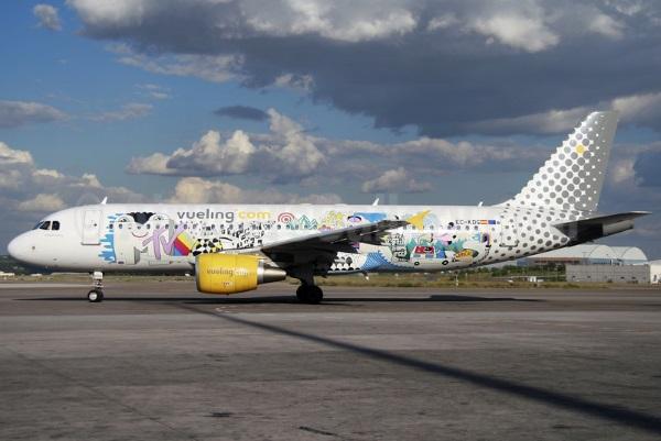 Vueling.com A320-200 EC-KDG (08-MTV)(Grd) MAD (A2)(46)-L