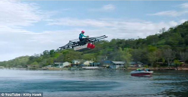 Συνιδρυτής της Google παρουσιάζει το ιπτάμενο... αυτοκίνητο! (Photos)